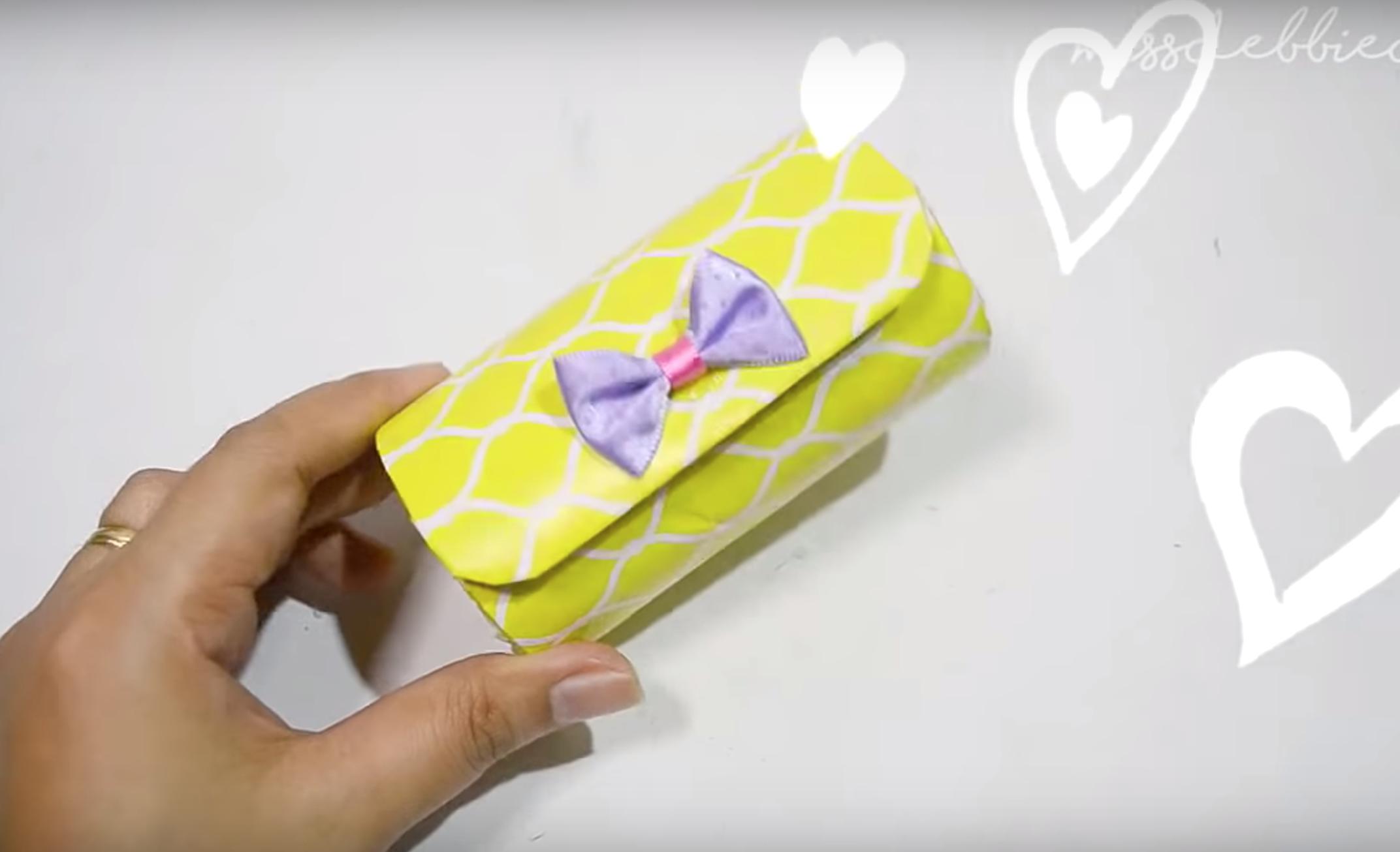 Hộp bút bằng lõi giấy vệ sinh