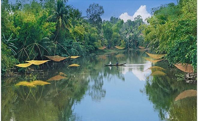 Một khúc sông quê tại Thừa Thiên Huế