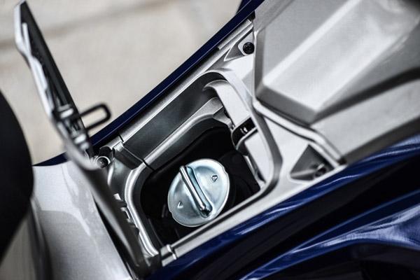 Dung tích bình xăng xe Airblade là bao nhiêu?