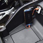 Một số mẫu sạc điện thoại gắn trên xe máy chất lượng phổ biến